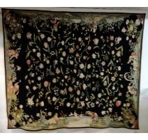 Tapis chenille Fleurs sur fond noir