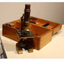 Microscope marqué A. MEYER & Co, ENGE-ZÜRICH