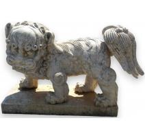 Chien de Fô en marbre de Véron