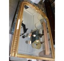 Miroir Louis-Philippe en bois doré (abimé)