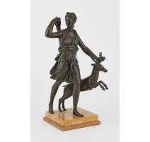 """Bronze """"Diane chasseresse"""""""
