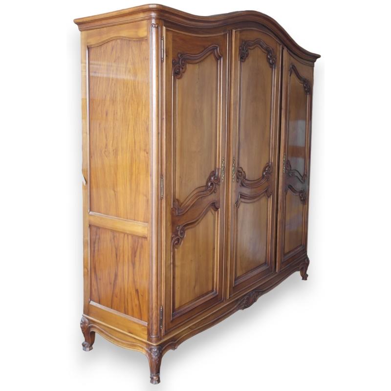 armoire style louis xv sur moinat sa antiquit s d coration. Black Bedroom Furniture Sets. Home Design Ideas