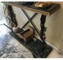 Paire de consoles Néo-clasiques en bronze