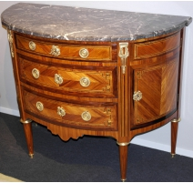 Commode demi lune Louis XVI.