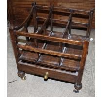 Porte-revue en chêne avec un tiroir