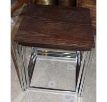 Tables gigognes chromées et plateau en bois