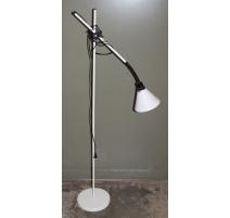 Lampe vintage en métal blanc