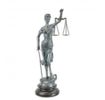 Bronze à patine verte Justice socle en marbre
