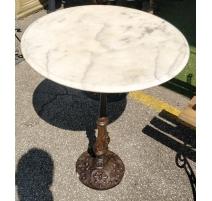 Table de bistrot ronde plateau marbre blanc