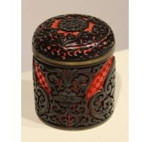 Boite ronde en laque de cinabre rouge et noir