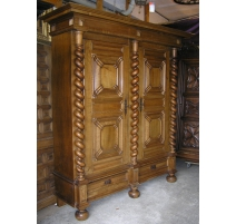 Armoire Louis XIII.