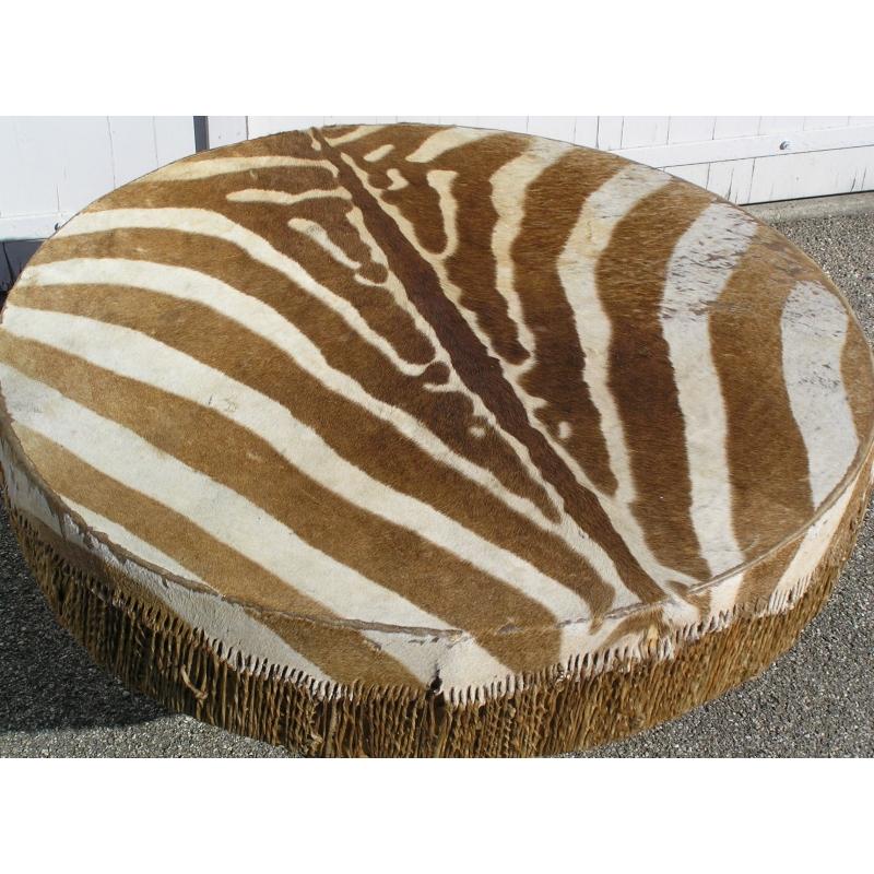 table basse tripode sur moinat sa antiquit s d coration. Black Bedroom Furniture Sets. Home Design Ideas