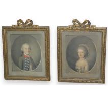 Aquarelles paire de portraits ovales