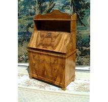 Petit bureau-commode Directoire avec 3 tiroirs.
