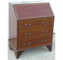 Edwardian bureau with 3 drawer