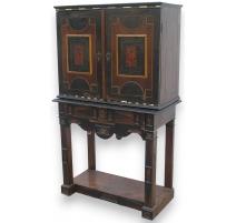 Cabinet à tiroirs Renaissance en écaille