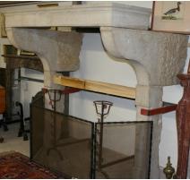Charentais fireplace, white.