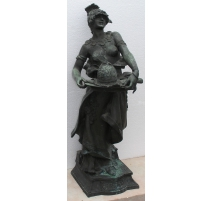 """Bronze """"Fatma"""", signed at the BEGINNING."""