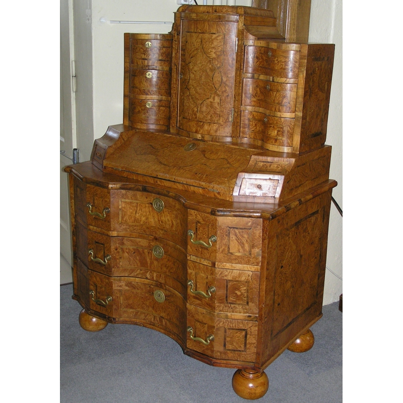 bureau commode baroque sur moinat sa antiquit s d coration. Black Bedroom Furniture Sets. Home Design Ideas