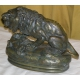 """Bronze """"Lion assis et biche"""" signé BARYE"""