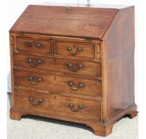 Bureau-commode Regency.