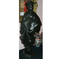 "Bronze ""Statue Geisha""."