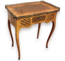 Tisch schminktisch Louis XV marquetée.