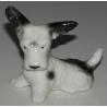 Sculpture Chien assis  Fox Terrier , en porcelaine