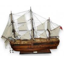 """Maquette de bateau """"HMS ENDEAVOUR"""""""